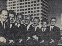 1967. MANOK esiintyi Yleisvenäläisessä kansantaiteen kilpailussa. Vasemmalta Viljo Ahvonen, William Hall, Orvo Björninen, Pauli Rinne, Pekka Mikshijev, Andro Lehmus ja Ensio Vento